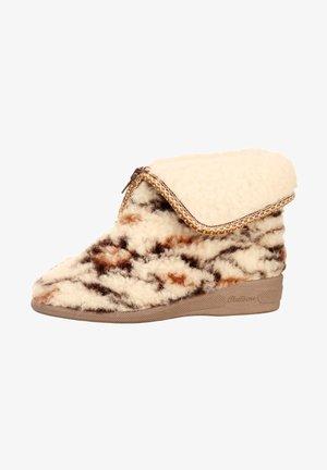 Winter boots - natur