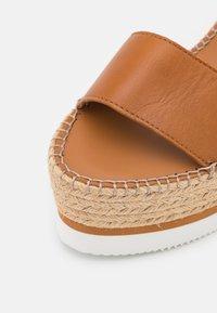 See by Chloé - GLYN - Korkeakorkoiset sandaalit - tan - 6