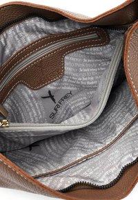 SURI FREY - BEUTEL KETTY - Handbag - darktaupe - 4