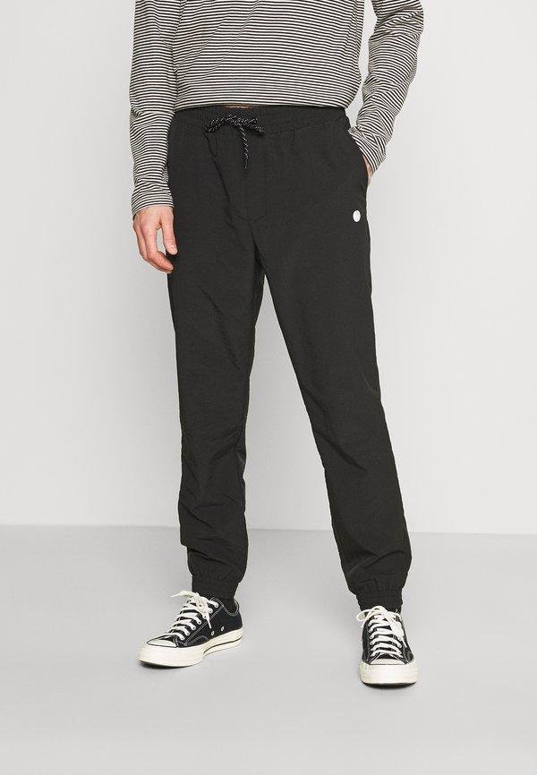 Pier One Spodnie treningowe - black/czarny Odzież Męska MAYV