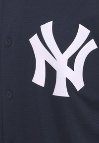 Nike Performance - MLB NEW YORK YANKEES OFFICIAL REPLICA HOME - Artykuły klubowe - team dark navy - 7