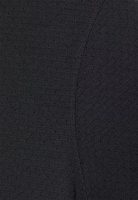 Under Armour - STREAKER - T-shirt basic - black - 6