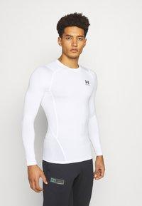Under Armour - Camiseta de deporte - white // black - 0