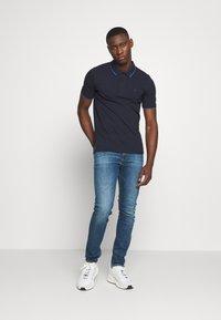 Calvin Klein - TIPPING SLIM - Poloshirts - blue - 1