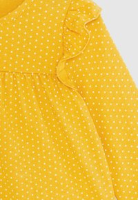 GAP - SET - Legíny - yellow sundown - 4