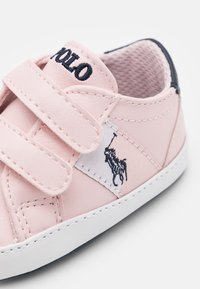 Polo Ralph Lauren - ORMOND LAYETTE - Chaussons pour bébé - light pink/white/navy - 5