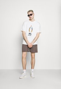 BDG Urban Outfitters - JOGGER UNISEX - Shorts - nut brown - 1