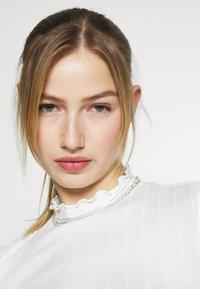 Monki - BLAZE 2 PACK - Maglietta a manica lunga - lilac/white - 4