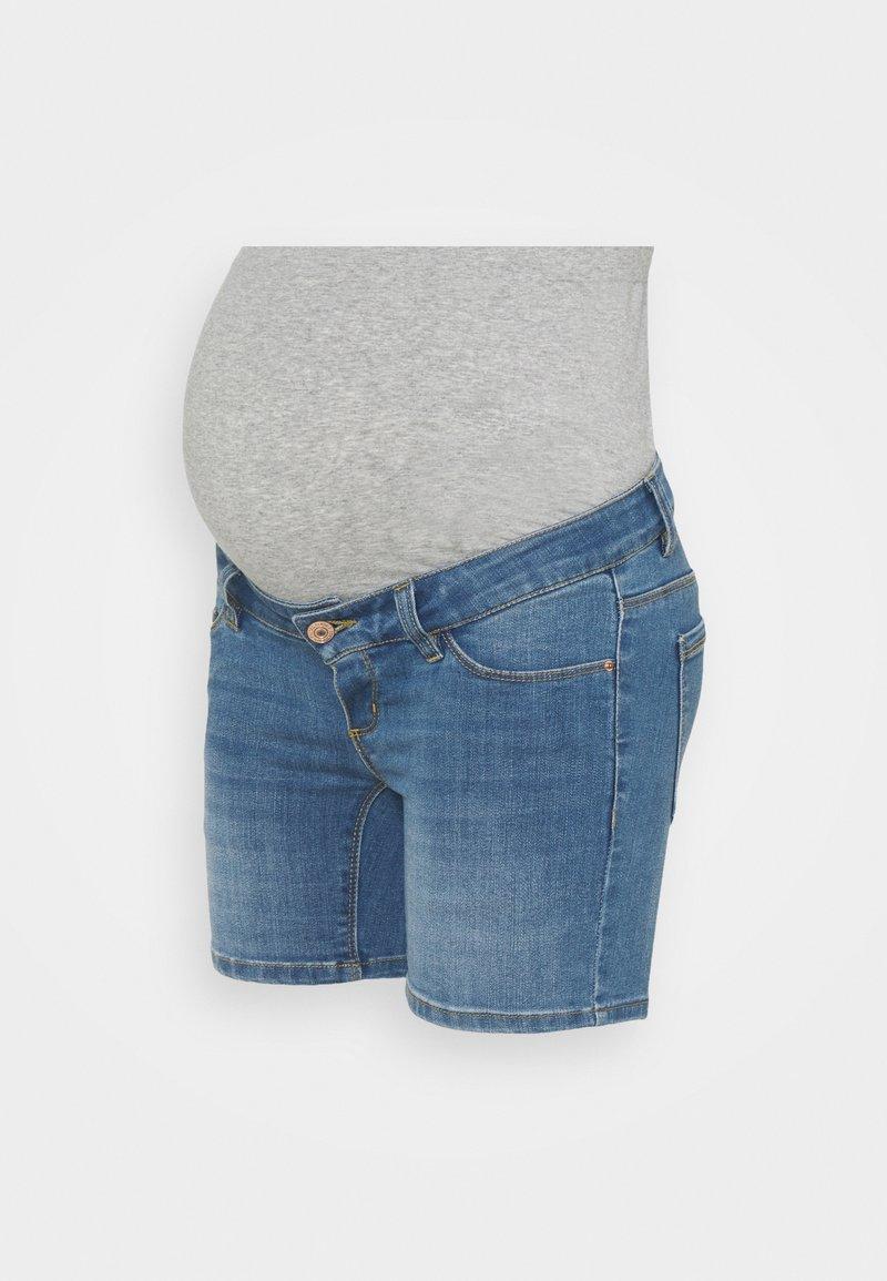 Pieces Maternity - PCMDELLA - Denim shorts - light blue denim