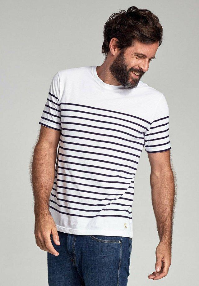ETEL - MARINIÈRE - T-SHIRT - T-shirt imprimé - blanc/navire