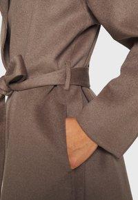 Filippa K - EDINA JACKET - Krátký kabát - dark taupe - 4