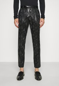 Twisted Tailor - FLEETWOOD SUIT - Completo - black - 4