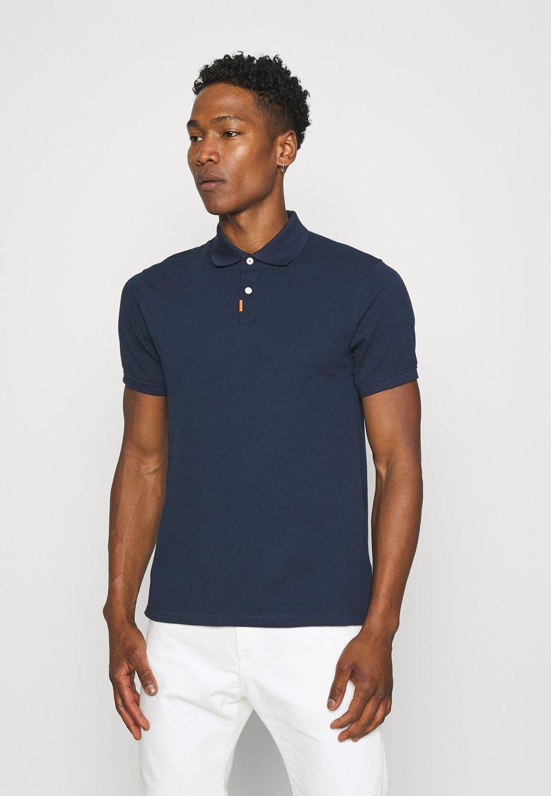 Nike Sportswear - THE SLIM  - Polo shirt - obsidian