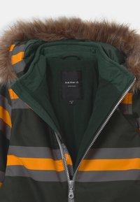 Name it - NMMSNOW - Skioverall / Skidragter - darkest spruce - 5