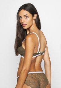 Calvin Klein Underwear - ONE UNLINED - Triangle bra - muted pine - 2