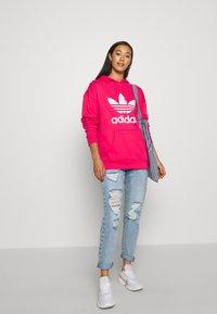 adidas Originals - ADICOLOR TREFOIL ORIGINALS HODDIE - Hoodie - power pink/white - 1