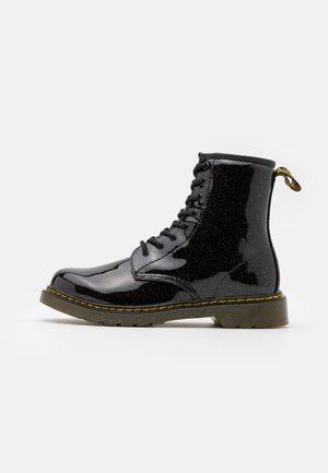 1460 GLITTER  - Šněrovací kotníkové boty - black