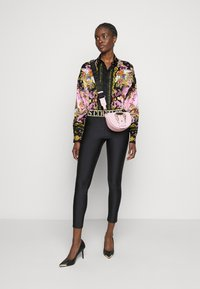 Versace Jeans Couture - LADY SHIRT - Button-down blouse - black/pink confetti - 1