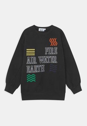 MAGNI - Sweatshirt - black