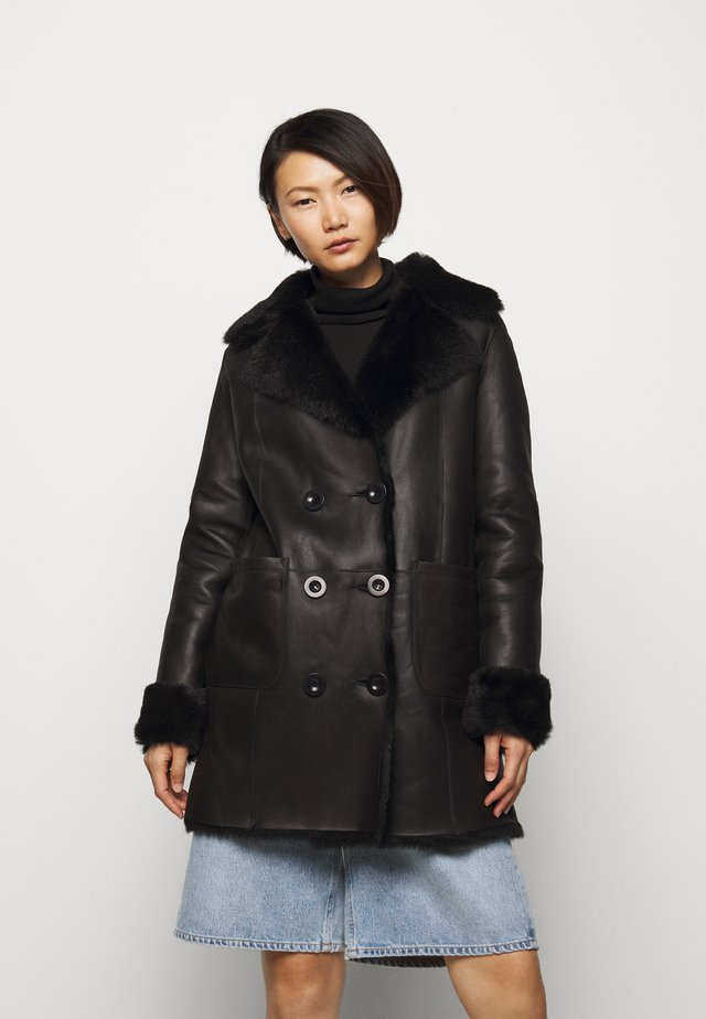 CAROLINE SHEARLING COAT - Mantel - black
