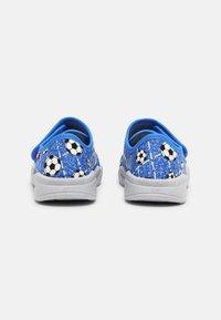 Superfit - BENNY - Slippers - blau - 2
