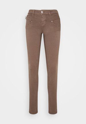 ALEXA NEW MAGIC COLOR - Jeans Skinny Fit - delicioso