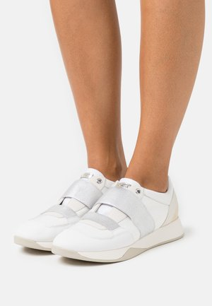 SUZZIE - Trainers - white/light gold