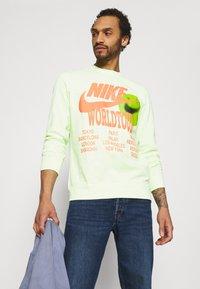 Nike Sportswear - Long sleeved top - liquid lime - 3