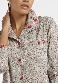MADELEINE - Pyjama top - taupe/multicolor - 3