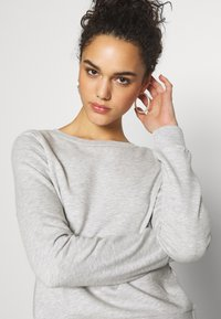 ONLY - ONLWENDY ONECK - Sweatshirt - light grey melange - 3