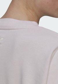adidas Originals - GRAPHIC SWEATER ORIGINALS PULLOVER - Sweatshirt - pearl amethyst - 7