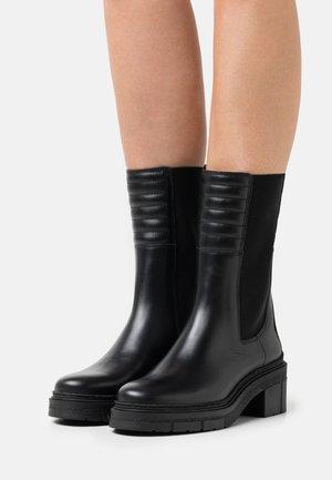 JINA - Platform boots - black