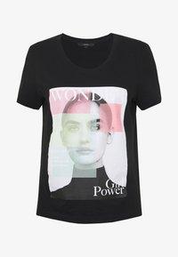 VMIMOGENDIANA BOX - Print T-shirt - black