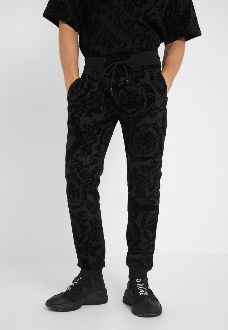 Versace Jeans Couture - BAROQUE JOGGERS - Verryttelyhousut - black