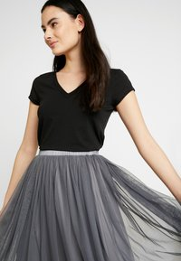 Lace & Beads - VAL SKIRT - A-Linien-Rock - charcoal - 3