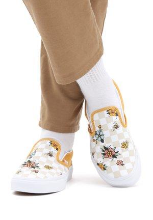 UA CLASSIC SLIP-ON - Slip-ins - garden check blk/tr wht