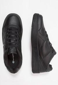 Champion - CUT SHOE REBOUND - Sneakers - black - 1