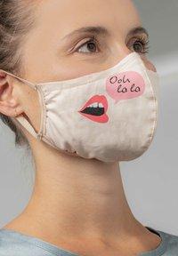 Mey - Community mask - make up - 1