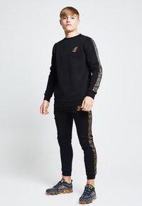 SIKSILK - LONDON  - Sweatshirt - black - 1