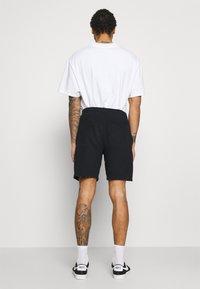 Abercrombie & Fitch - TECH LOGO - Shorts - black - 2