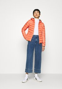 TOM TAILOR DENIM - LIGHT PADDED JACKET - Lett jakke - burnt coral - 1