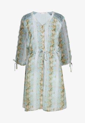 DRESS SNAKE PRINT - Shirt dress - turquoise