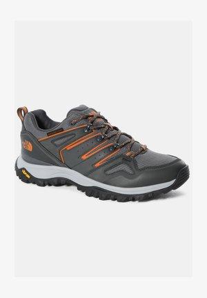 M HEDGEHOG FUTURELIGHT (EU) - Sneakers laag - zinc grey/tnf black