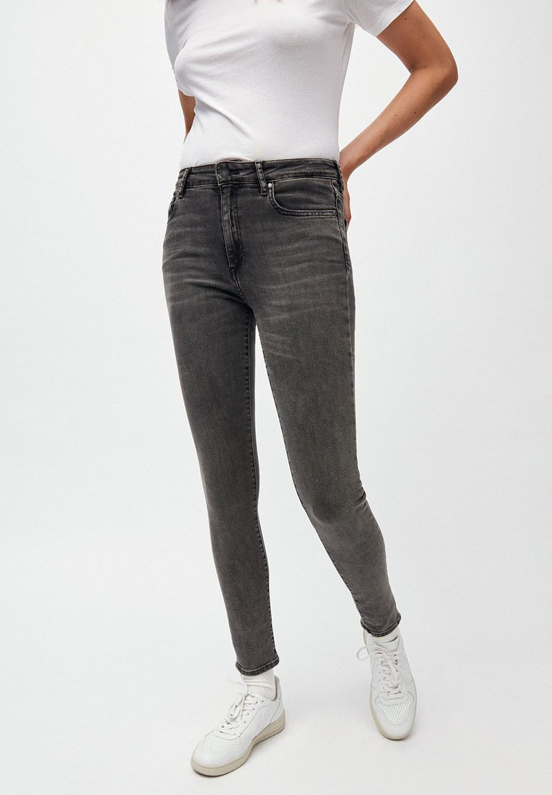 ARMEDANGELS - TILLAA X STRETCH - Jeans Skinny Fit - anthracite