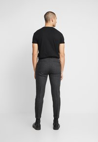 Shelby & Sons - SIDCUP TROUSER - Pantaloni - charcoal - 2