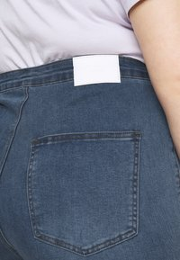Glamorous Curve - LADIES - Jeans Skinny Fit - mid stonewash - 5