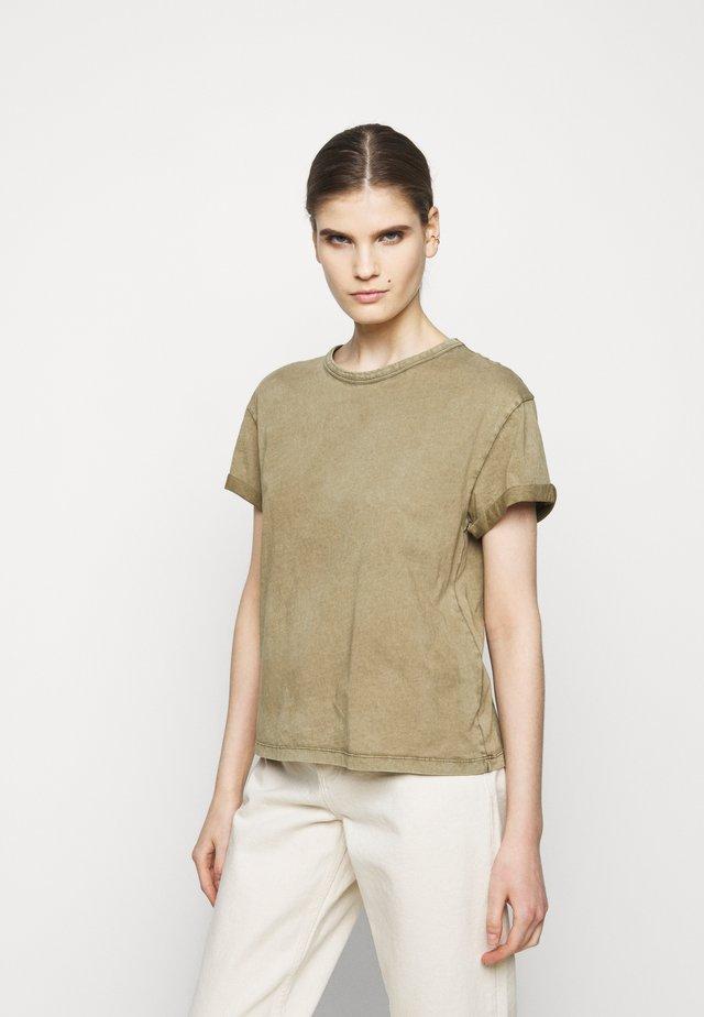 LARIMA - Camiseta básica - grün