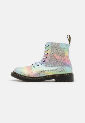 1460 PASCAL - Šněrovací kotníkové boty - rainbow