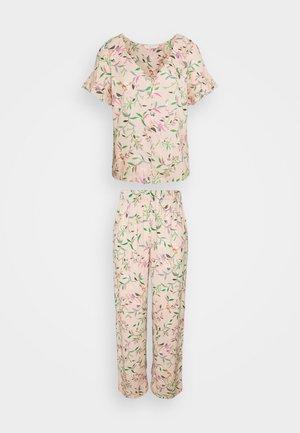 FLORAL - Pyjama - peach mix