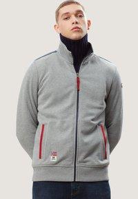 Napapijri - BARDARA  - Zip-up sweatshirt - grey - 0